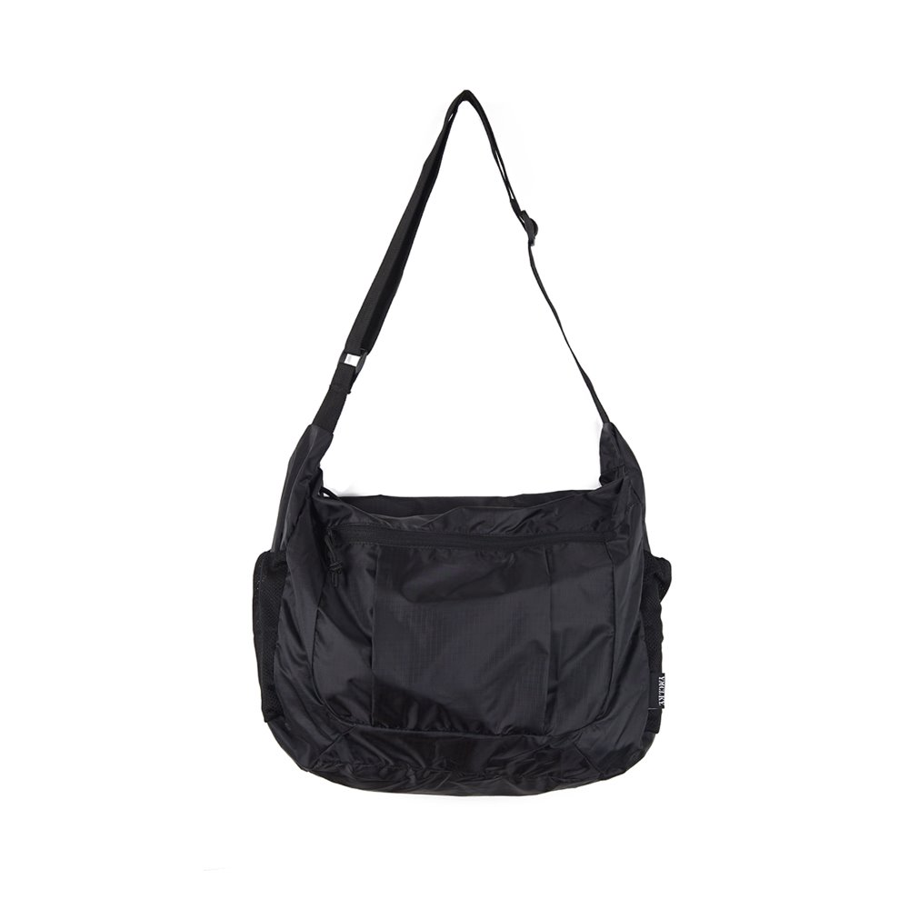 GB0608 Compact Shoulder Bag 'Black'